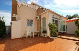 Продажа таунхаус в провинции Costa Blanca South, Испания: 3 спальни, 100 м2, № RV4628SR – фото 2