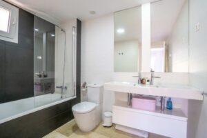 Продажа квартиры в провинции Costa Blanca South, Испания: 3 спальни, 123 м2, № RV3277UR – фото 13