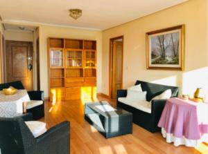Продажа квартиры в провинции Costa Blanca North, Испания: 3 спальни, 70 м2, № RV2225QI – фото 2