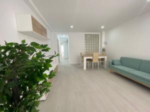 Продажа квартиры в провинции Costa Blanca North, Испания: 3 спальни, 111 м2, № RV3321QI – фото 1