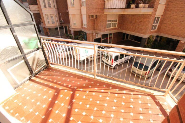 RV0302AL : Просторная квартира в Кальпе