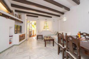 Продажа квартиры в провинции Costa Blanca South, Испания: 2 спальни, 77 м2, № RV3263UR – фото 2
