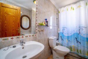Продажа квартиры в провинции Costa Blanca South, Испания: 2 спальни, 90 м2, № RV1123UR – фото 23