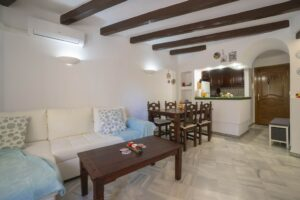 Продажа квартиры в провинции Costa Blanca South, Испания: 2 спальни, 77 м2, № RV3263UR – фото 4