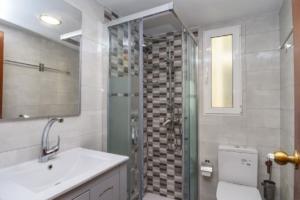 Продажа квартиры в провинции Costa Blanca North, Испания: 7 спален, 168 м2, № RV7485TS – фото 10