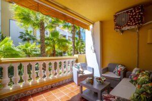 Продажа квартиры в провинции Costa Blanca South, Испания: 2 спальни, 77 м2, № RV3263UR – фото 1