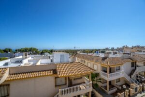 Продажа квартиры в провинции Costa Blanca South, Испания: 2 спальни, 90 м2, № RV1123UR – фото 14