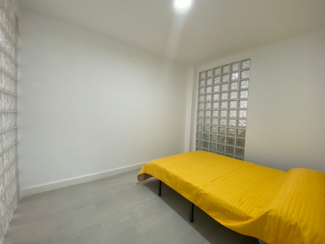 RV3321QI : Квартира в районе Mercado Central, Аликанте