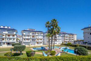 Продажа квартиры в провинции Costa Blanca South, Испания: 1 спальня, 50 м2, № RV6543UR – фото 1