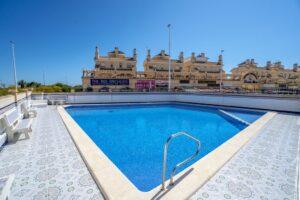 Продажа квартиры в провинции Costa Blanca South, Испания: 2 спальни, 90 м2, № RV1123UR – фото 6