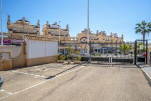 Продажа квартиры в провинции Costa Blanca South, Испания: 2 спальни, 90 м2, № RV1123UR – фото 5