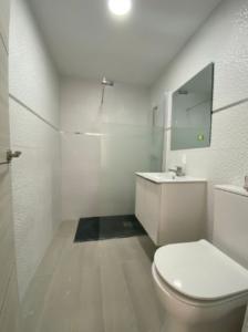 Продажа квартиры в провинции Costa Blanca North, Испания: 3 спальни, 111 м2, № RV3321QI – фото 13