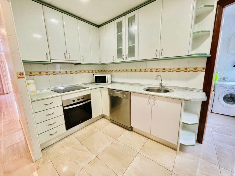 RV0008ST : Отличная квартира в Торревьехе