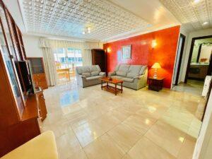 Продажа квартиры в провинции Costa Blanca South, Испания: 3 спальни, 90 м2, № RV0008ST – фото 2