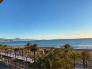 Продажа квартиры в провинции Costa Blanca North, Испания: 3 спальни, 130 м2, № RV5554QI – фото 18