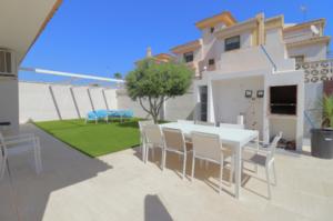 Продажа виллы в провинции Costa Blanca South, Испания: 4 спальни, 175 м2, № RV2221IN – фото 19