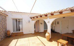 Продажа виллы в провинции Costa Blanca North, Испания: 3 спальни, 234 м2, № RV2762AL – фото 2