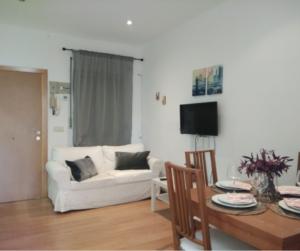 Продажа квартиры в провинции Города, Испания: 2 спальни, 60 м2, № RV0028MV – фото 1