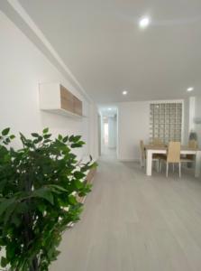 Продажа квартиры в провинции Costa Blanca North, Испания: 3 спальни, 111 м2, № RV3321QI – фото 2
