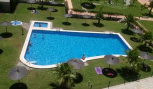 Продажа квартиры в провинции Costa Blanca North, Испания: 2 спальни, 65 м2, № RV7776QI – фото 2