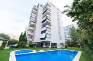 Продажа квартиры в провинции Costa Blanca North, Испания: 2 спальни, 97 м2, № RV0005QI – фото 1