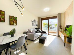 Продажа бунгало в провинции Costa Blanca South, Испания: 2 спальни, 120 м2, № RV1312BN – фото 2