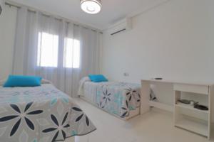 Продажа виллы в провинции Costa Blanca South, Испания: 4 спальни, 175 м2, № RV2221IN – фото 25