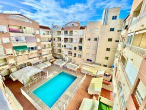 Продажа квартиры в провинции Costa Blanca South, Испания: 2 спальни, 64 м2, № RV0025AL – фото 1