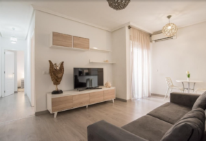 Продажа квартиры в провинции Costa Blanca South, Испания: 2 спальни, 55 м2, № RV5544GH – фото 1