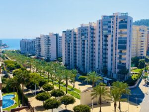 Продажа квартиры в провинции Costa Blanca North, Испания: 2 спальни, 90 м2, № RV5556FT – фото 1