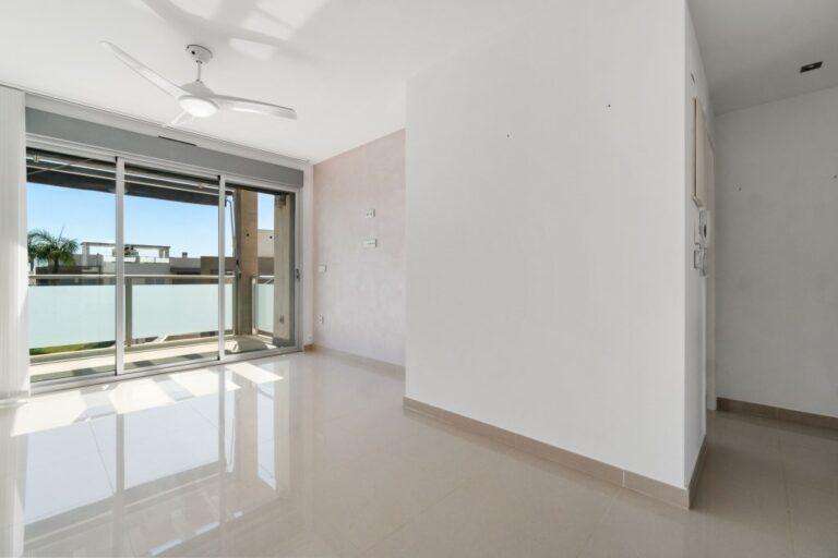 RV2314BE : Квартира с солярием в Ла Сеньюэла (Ориуэла Коста)