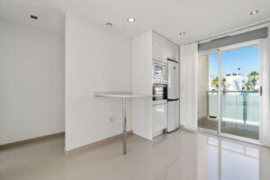Продажа квартиры в провинции Costa Blanca South, Испания: 2 спальни, 63 м2, № RV2314BE – фото 5