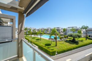 Продажа квартиры в провинции Costa Blanca South, Испания: 2 спальни, 63 м2, № RV2314BE – фото 15