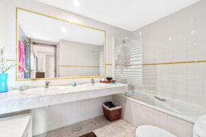 Продажа квартиры в провинции Costa Blanca South, Испания: 2 спальни, 106 м2, № RV3332BN – фото 9