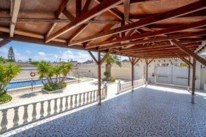 Продажа виллы в провинции Costa Blanca South, Испания: 5 спален, 140 м2, № RV0552BN – фото 24
