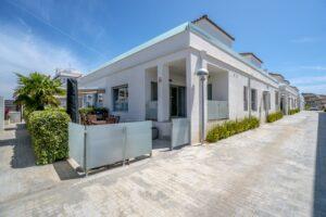 Продажа виллы в провинции Costa Blanca South, Испания: 3 спальни, 97 м2, № RV2137BN – фото 1