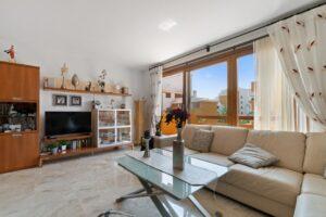 Продажа квартиры в провинции Costa Blanca South, Испания: 2 спальни, 85 м2, № RV2381BE – фото 2