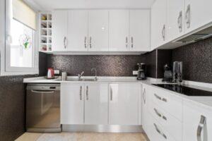 Продажа квартиры в провинции Costa Blanca South, Испания: 2 спальни, 85 м2, № RV2381BE – фото 5