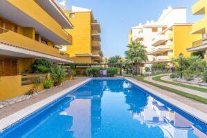 Продажа квартиры в провинции Costa Blanca South, Испания: 2 спальни, 85 м2, № RV2381BE – фото 18
