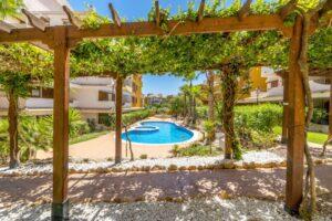 Продажа квартиры в провинции Costa Blanca South, Испания: 2 спальни, 85 м2, № RV2381BE – фото 20