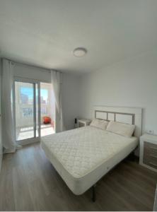 Продажа квартиры в провинции Costa Blanca North, Испания: 3 спальни, 130 м2, № RV5554QI – фото 4