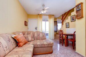 Продажа бунгало в провинции Costa Blanca South, Испания: 3 спальни, 44 м2, № RV5432CM-D – фото 3