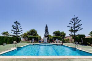 Продажа бунгало в провинции Costa Blanca South, Испания: 3 спальни, 44 м2, № RV5432CM-D – фото 25