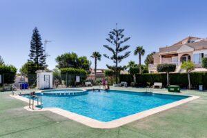 Продажа бунгало в провинции Costa Blanca South, Испания: 3 спальни, 44 м2, № RV5432CM-D – фото 26