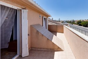 Продажа бунгало в провинции Costa Blanca South, Испания: 3 спальни, 44 м2, № RV5432CM-D – фото 27