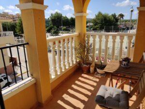 Продажа квартиры в провинции Costa Blanca South, Испания: 2 спальни, 61 м2, № RV2633HA – фото 1