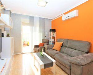 Продажа квартиры в провинции Costa Blanca South, Испания: 2 спальни, 90 м2, № RV4827SHL – фото 1