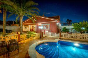 Продажа виллы в провинции Costa Blanca South, Испания: 4 спальни, 200 м2, № RV1805SH – фото 10