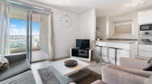 Продажа квартиры в провинции Costa Blanca South, Испания: 2 спальни, № RV2738BE – фото 3