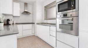 Продажа квартиры в провинции Costa Blanca South, Испания: 2 спальни, № RV2738BE – фото 7